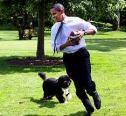 obama-with-dog